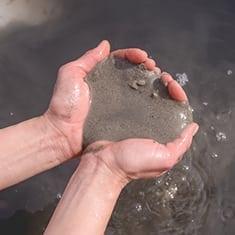 Dead Sea Mud hands