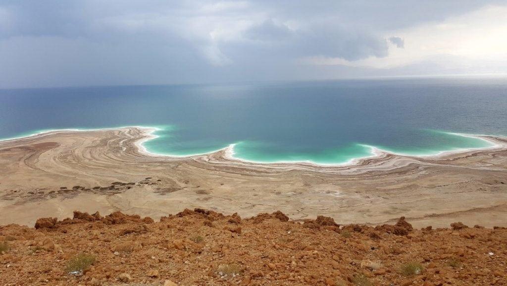 dead sea beach line