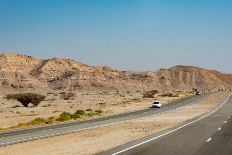 Route 90 to Dead Sea