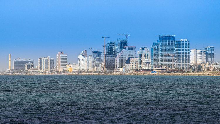 Tel Aviv shore