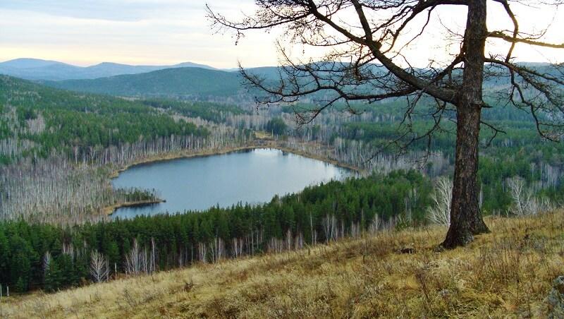 Lake Pustoye